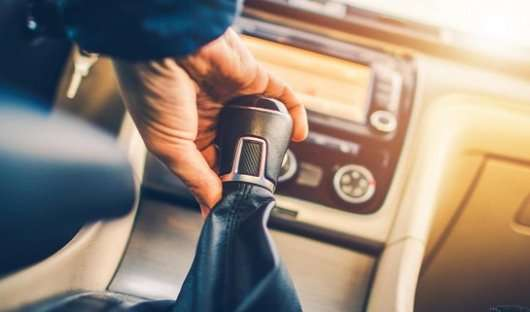 14 речей, які не повинні робити пасажири в автомобілі