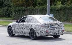 Показаний інтерєр 2019 BMW 3 Series [Шпигунські фотографії]