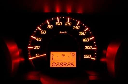 Бреше одометр в автомобілі