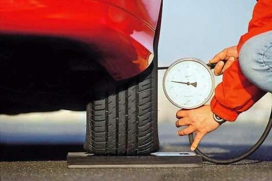 Як продовжити життя автомобільним шинам: найважливіші поради