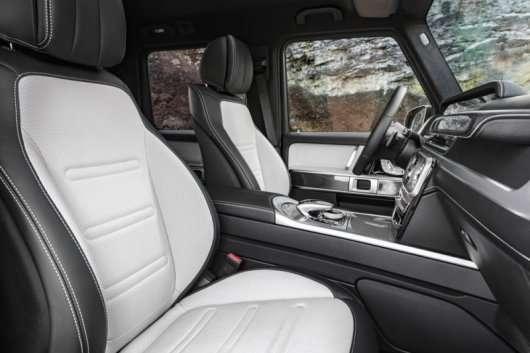 Mercedes розкрив інтерєр нового позашляховика G-класу 2019 року