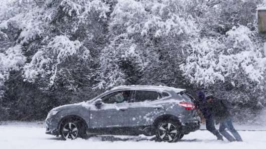 Ось часті причини чому автомобіль не заводиться в мороз
