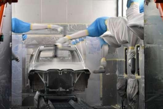 Перші тизерну фотографії преміального кросовера BMW X7