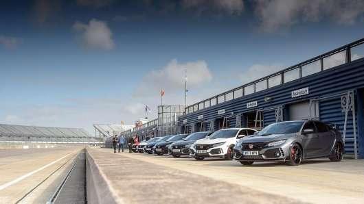 Хто переможе? Змагання чотирьох поколінь Honda Civic