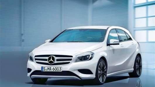 Великий відгук 6500 автомобілів Mercedes-Benz в Росії