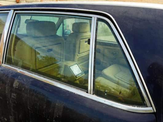 Історія кинутого в Харкові Rolls-Royce Flying Spur II