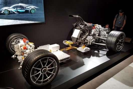 Новий бензиновий двигун Мазда стане таким же чистим, як електромотор