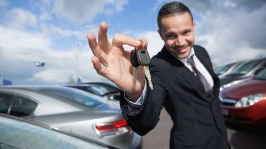 Що робити, якщо покупець не зареєстрував автомобіль і почали приходити штрафи?