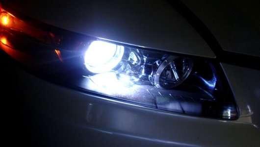 Заміна ламп в автомобілі: Не все так просто