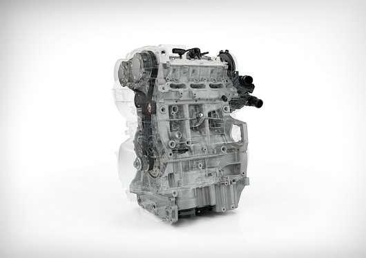На Вольво будуть ставити нові трициліндрові двигуни Drive-E