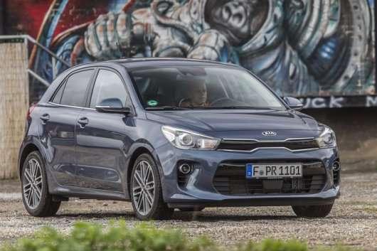 Топ-25 найбільш продаваних моделей в Росії в 2017 році