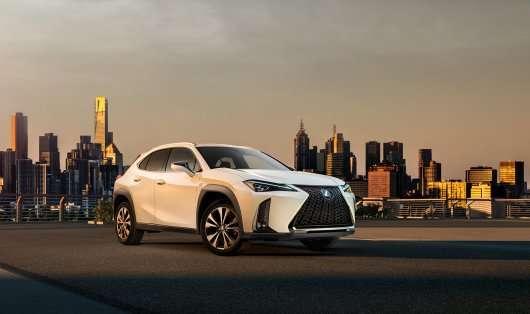 Lexus показав ексклюзивний найдешевший кросовер UX