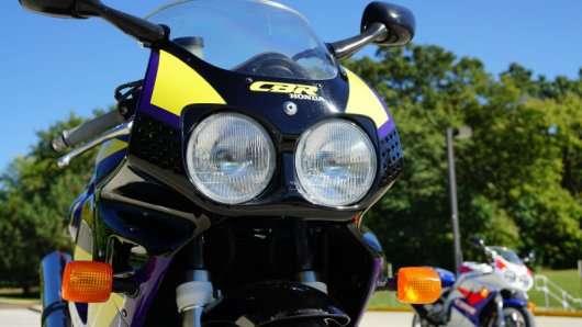 Заміна мотоциклетної ланцюга крок за кроком