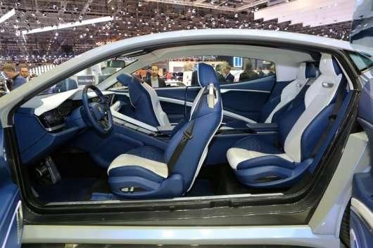 Екзотичні автомобілі на автосалоні в Женеві 2018
