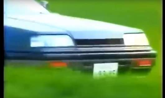 Дивіться 30 хвилин дивною відео реклами японських автомобілів 80-х і 90-х років